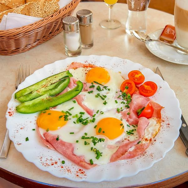 Ham and Eggs ab € 4,50
